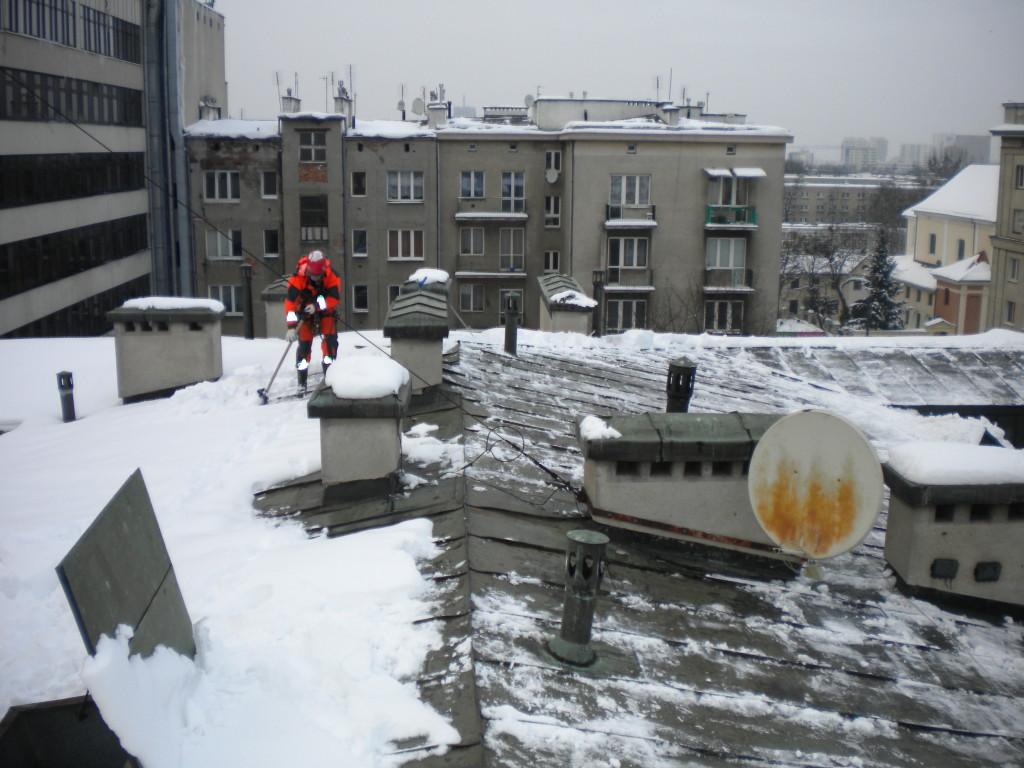 Odśnieżanie dachów Warszawa